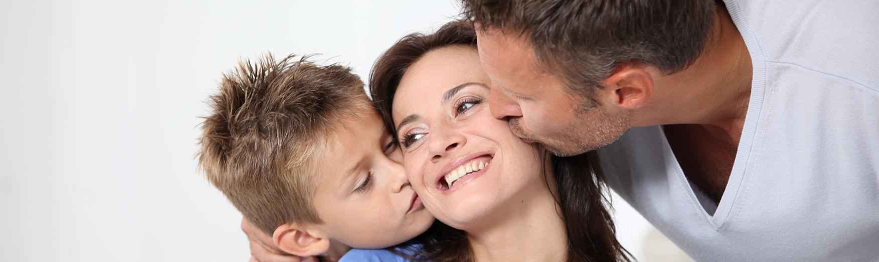 PRESTAVLJENO: Praznovanje materinskega dne in dneva žena